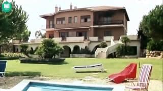 Repeat youtube video Sexy clip La moglie vergine Edwige Fenech Italian Film