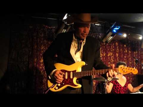 Dave & Phil Alvin - Southern Flood Blues, Border Radio, Out of Control
