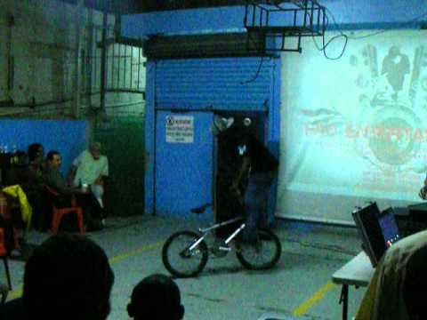Show BMX Free Style en Ale Ale y Dogout Tiradentes, Discovery Road