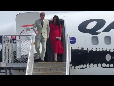 Harry & Meghan Say Goodbye Fiji & Hello Tonga! Plus The Innocent Dress Faux Pas.