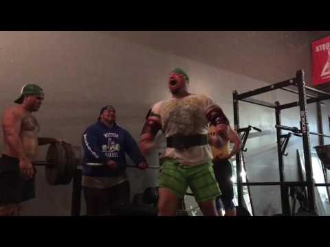 495 Pound Raw Bench Press EASY!
