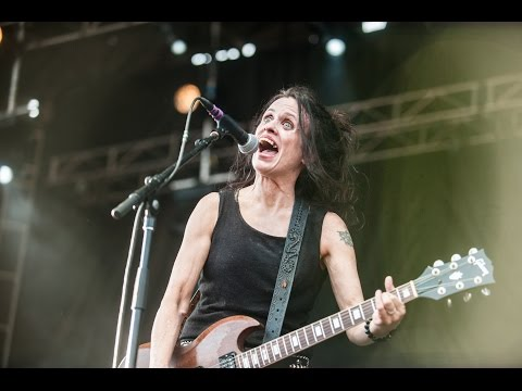 Babes in Toyland - Bruise Violet (Live at Rock The Garden)