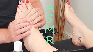 [ASMR]Relaxing foot massage that will sweep you off your feet [No talking][No Music][Massage sounds]