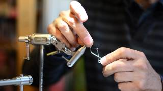 marc petitjean tying a cdc caddis