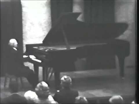 Louis Kentner in recital plays Liszt's 2nd Années de Pèlerinage, ( Italy ) London 1960's