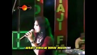 Video Ratna cenut cenut ratna antika the rosta download MP3, 3GP, MP4, WEBM, AVI, FLV Oktober 2017