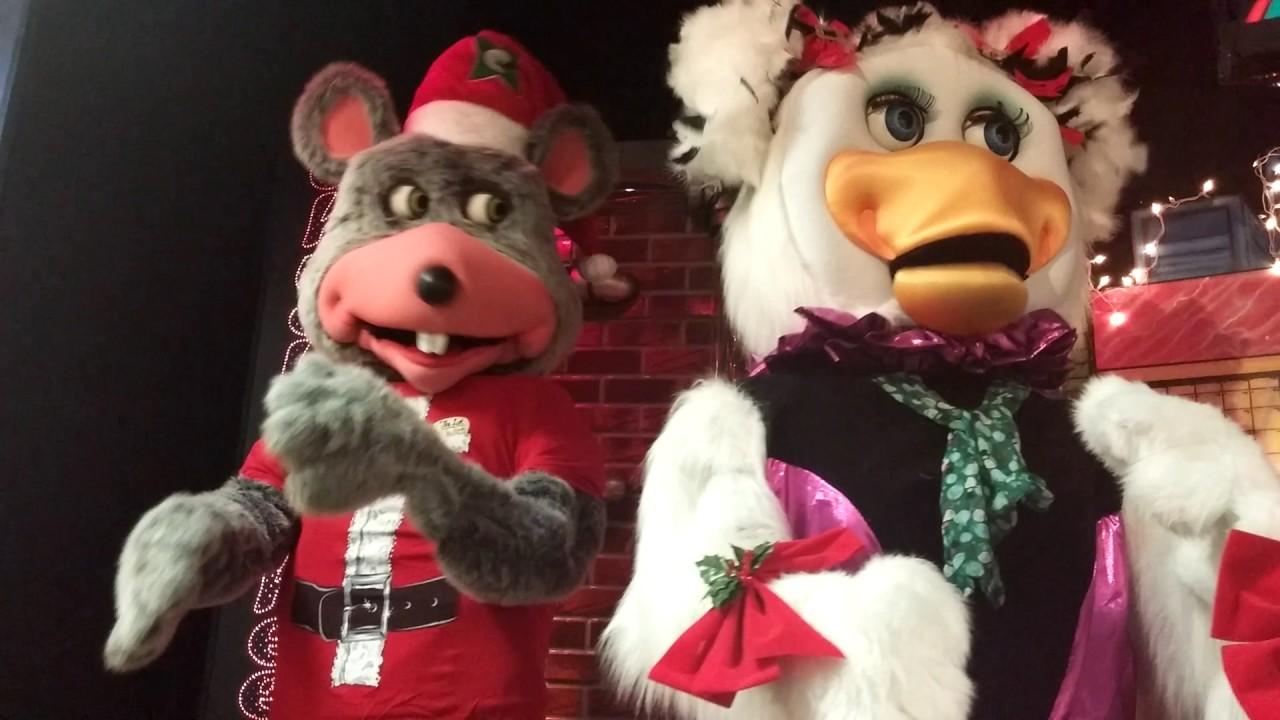 Chuck E Cheese Christmas.Chuck E Cheese S Holiday Medley December 2016 N Dartmouth Ma