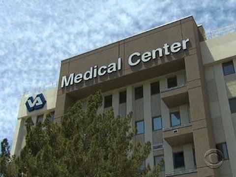 Despite scandal, VA execs received bonuses