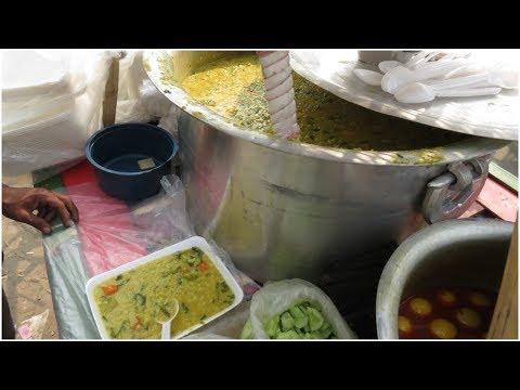 জগাখিচুড়ি, শাকের চপ, ডিম মাংসের ঝালমুড়ি । Street food of Dhaka: Part 7 | Bangladeshi Food