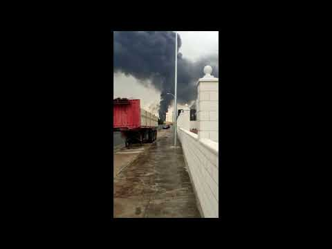 Arde un depósito de gasóleo en Puertollano
