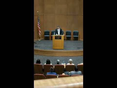 """Neal Katyal speaking about """"The President and the Courts in National Security Cases"""" at Toledo Law"""
