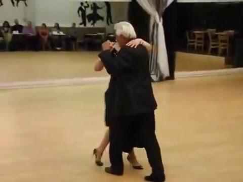 Ruben Aybar y Cherie Magnus Bailan un Tango Vals demonstracion