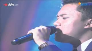 Penampilan dari Rizky Febian di The Biggest Concert Ada Apa Dengan Cinta 2 diiringi dengan Anto Hoed Orkestra membawakan lagu yang berjudul Hanya.