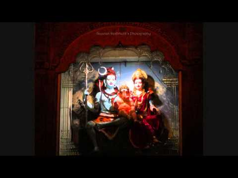 Gajanana Shri Ganaraya (गजानना श्री गणराया)