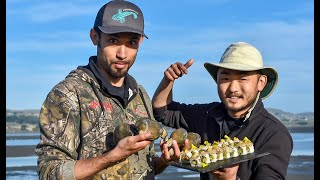 Gettin 39 DIRTY with FISHERMAN 39 S LIFE Making Clam SUSHI
