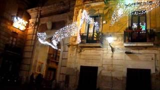 DiversaPiazza Rotonda di giorno e di sera, Salerno(, 2013-12-28T12:57:44.000Z)