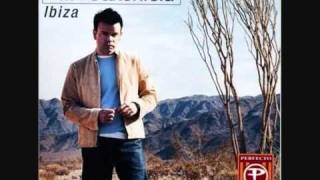 Paul Oakenfold - Live @Home in Space, Ibiza Part 1 (5/8)