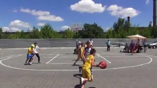 """Kherson Streetball Cup 2017"" (U-12) Группа ""ДЮСШ""(Новая Каховка) - ""Мантула""(Херсон)"