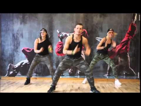 Zumba® Fitness  La Noche Ta' Buena Reggaeton Zin 55
