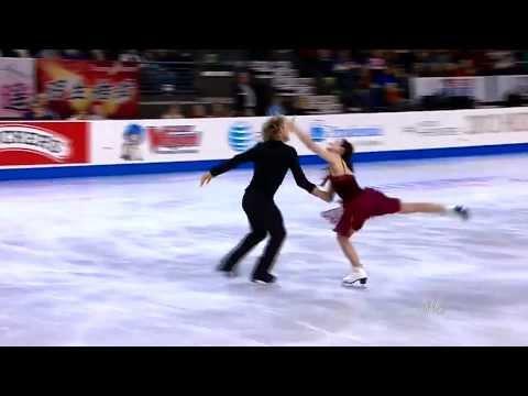 Notre Dame de Paris - Belle on ice skating