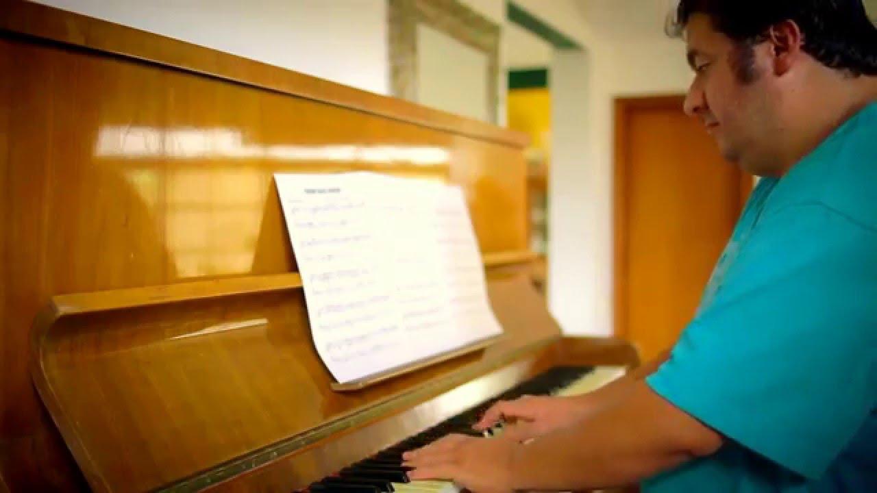 Das Piano Stream