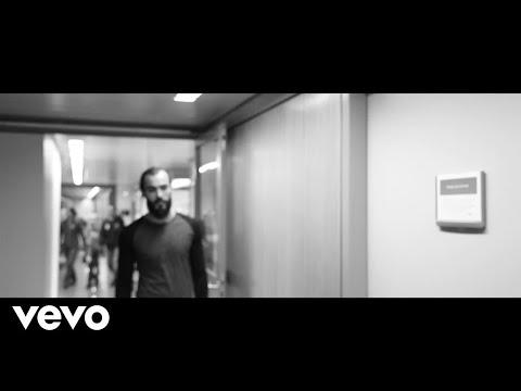 Powlar - When You Fall in Flowers ft. Aldy Saputra