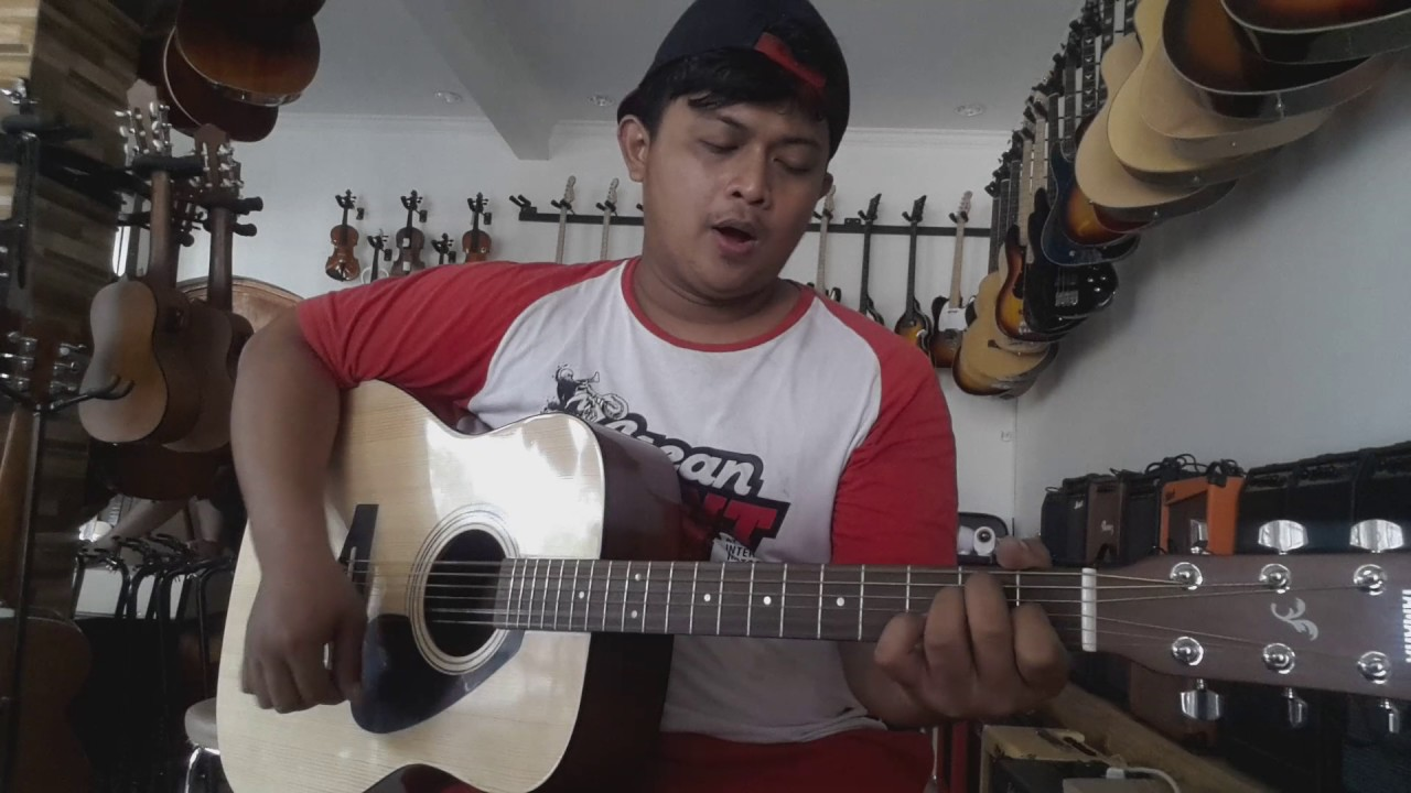 Jual Gitar Akustik Yamaha F310 Kirim Ke Maluku Tenggara