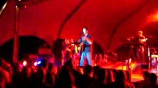 blake shelton live singing ol red innsbrook after hours