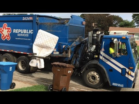 Fall Series 2017: Republic Services 2434