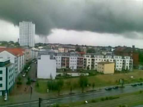 tornado in rostock deutschland youtube. Black Bedroom Furniture Sets. Home Design Ideas