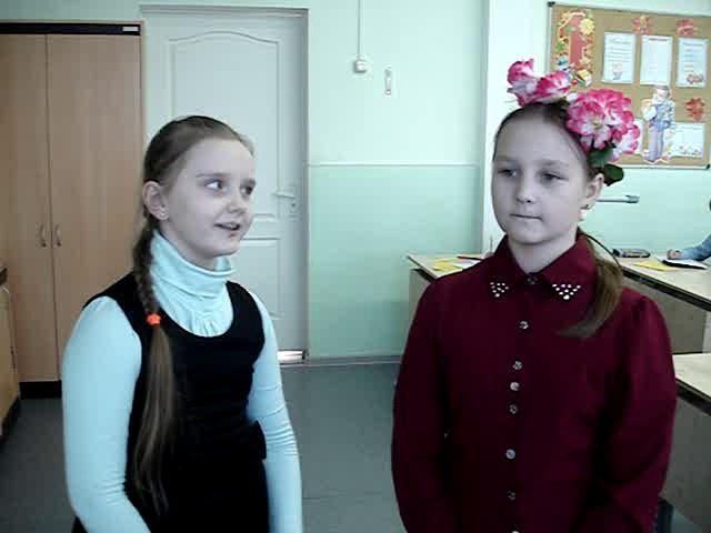 Изображение предпросмотра прочтения – «Дуэт» читают произведение «Заклички» (Русский фольклор )