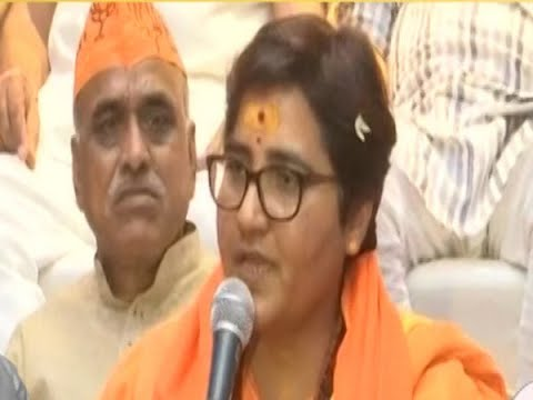 Poonawalla asks EC to bar Sadhvi Pragya from polls | Master Stroke