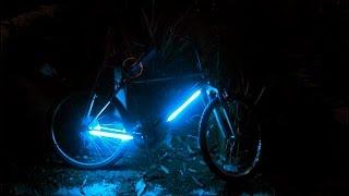 ПОДСВЕТКА ДЛЯ ВЕЛОСИПЕДА СВОИМИ РУКАМИ. HOW TO MAKE LED FOR BIKE. DIY - DO IT YOURSELF(моя страница в вк http://vk.com/id259840026 подсвека велосипеда, подсветка своими руками, подсветка колес, подсветка,..., 2017-01-28T19:38:47.000Z)