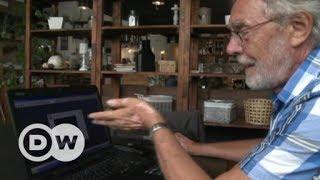 Slovak pensioner blogs against neo-Nazis | DW Documentary
