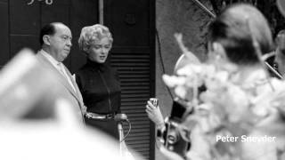 "Marilyn Monroe & Joe Dimaggio - The missing LIFE Photo""s of the divorce ( RARE )"