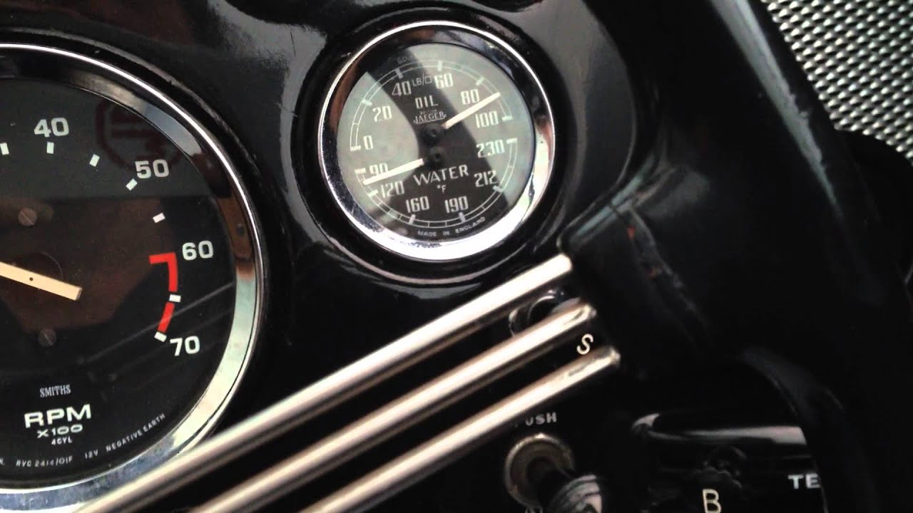 MGA with high oil pressure - YouTube