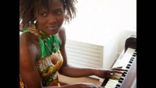 NDIYERE...Charity Kamazizwa (Charizwa) feat Ethel Kamwendo Banda