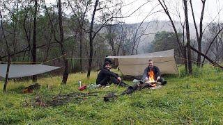 Hiking through the cliffs   Tarp camping in the Australian Bush
