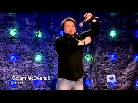 The World Stands up Colum McDonnell   cars.flv