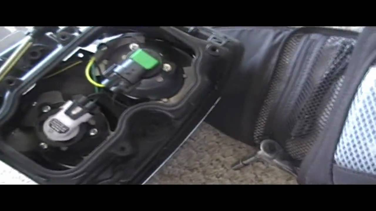 low beam headlight removal replacement cadillac sts repair youtube cadillac wiring srx diagram trailer 2007 cadillac srx headlight wiring diagram [ 1280 x 720 Pixel ]