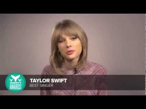 Taylor Swift accepts the Best Singer Shorty Award