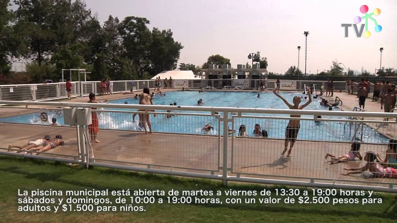 Piscina estadio municipal de las condes youtube for Piscina municipal las gabias
