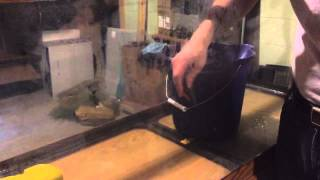 Cleaning Tough Stains Off Aquarium Glass