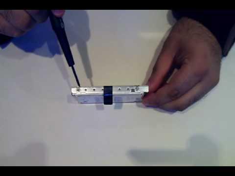 EEE 1000H Upgrading How To Upgrade Hard Drive RAM