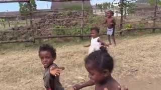 Madagascar Day 11 - Бедные Африканские Дети