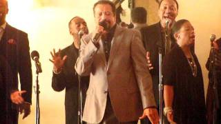 "Richard Smallwood with Vision singing ""Trust Me"" off the new cd ""Promises"""