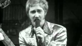 Download Bonzo Dog Doo-Dah Band - Death Cab For Cutie (DNAYS) Mp3 and Videos