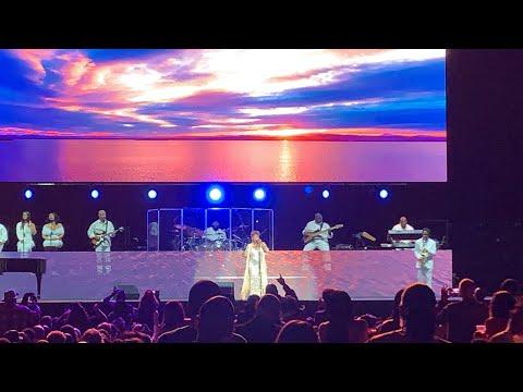 Anita Baker Farewell Tour Highlights