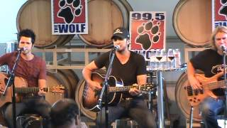 Luke Bryan That 39 s My Kinda Night live.mp3