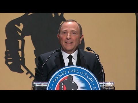 Bettman earns Hall of Fame honor